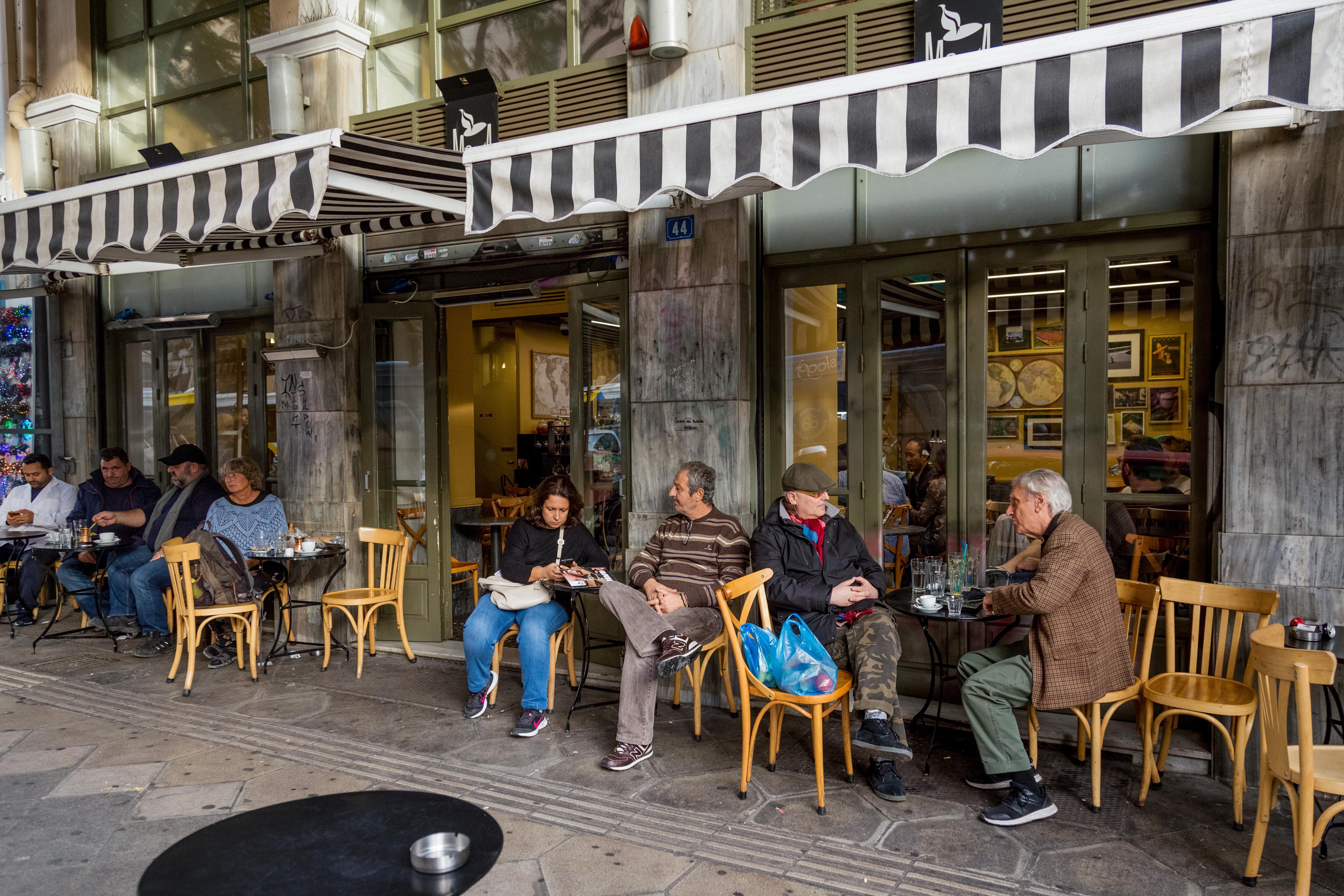 5 Must-See Athens Neighborhoods & How to Visit