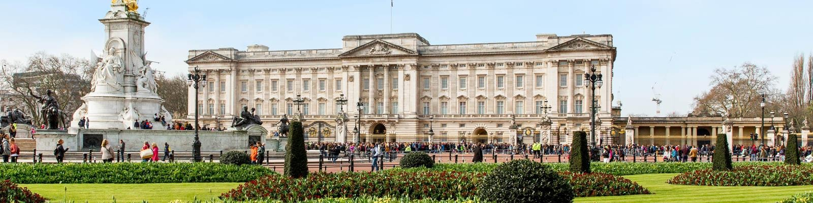 Top 5 Royal Palaces in London & How to Visit
