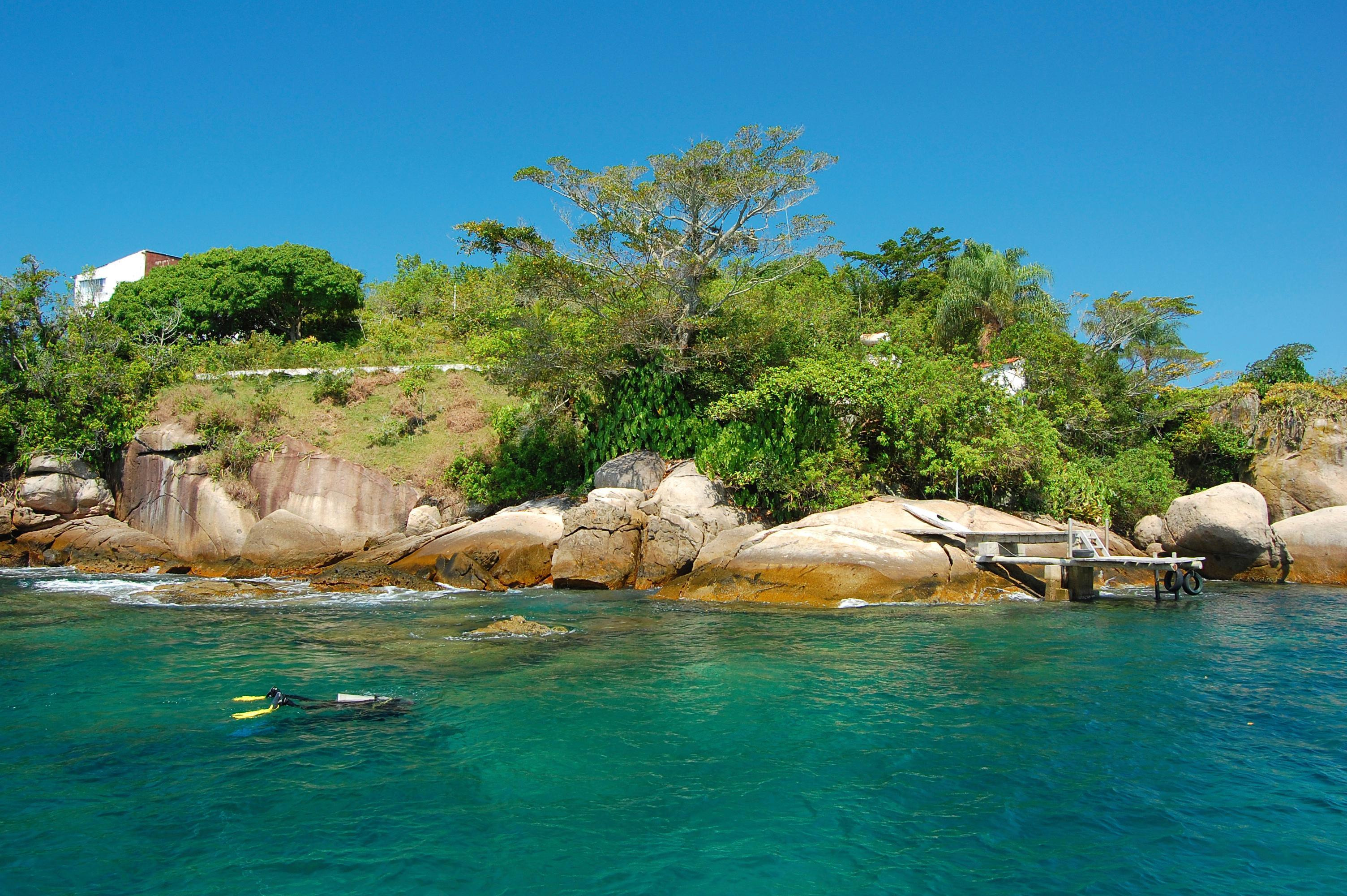Top Snorkeling and Scuba Diving Spots in Paraty