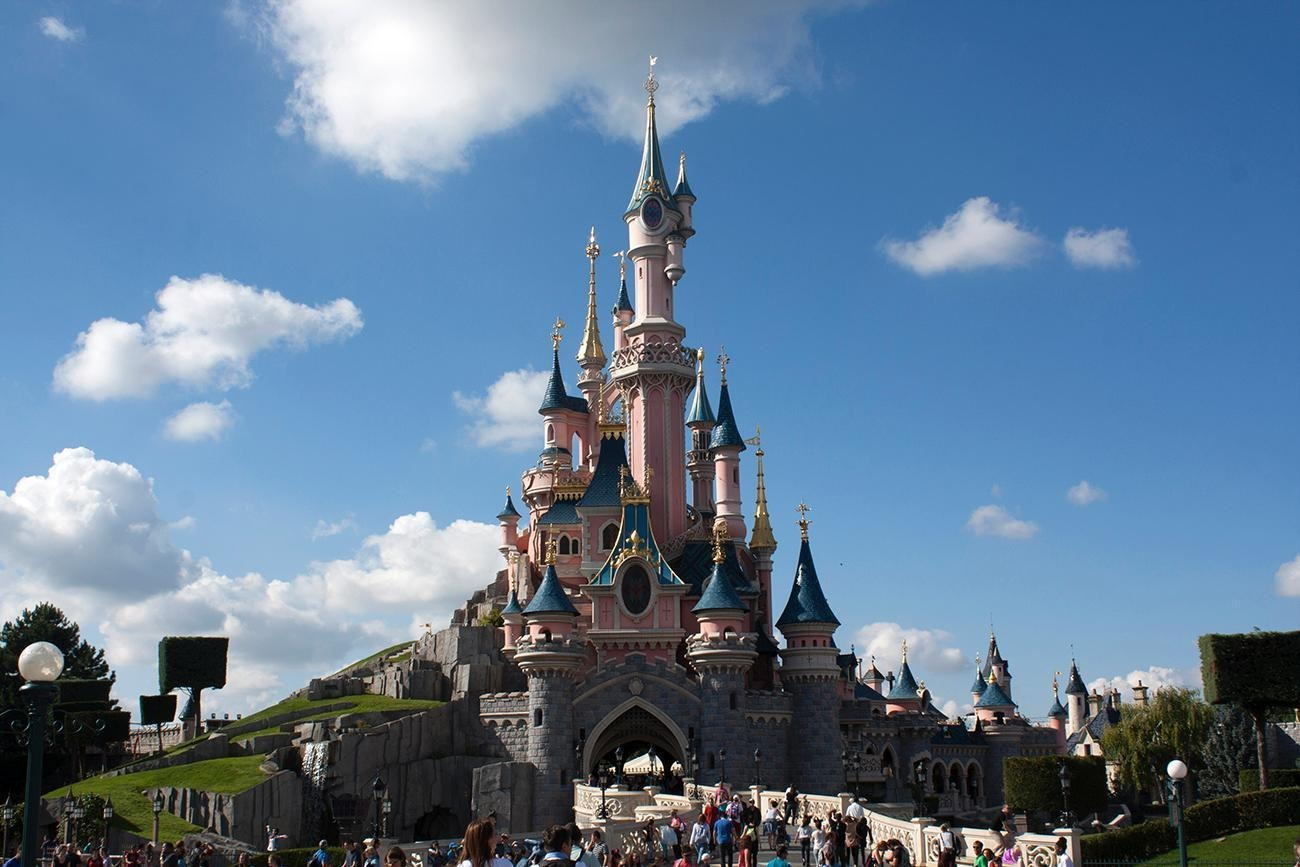Know Before You Go: Tips for Visiting Disneyland® Paris