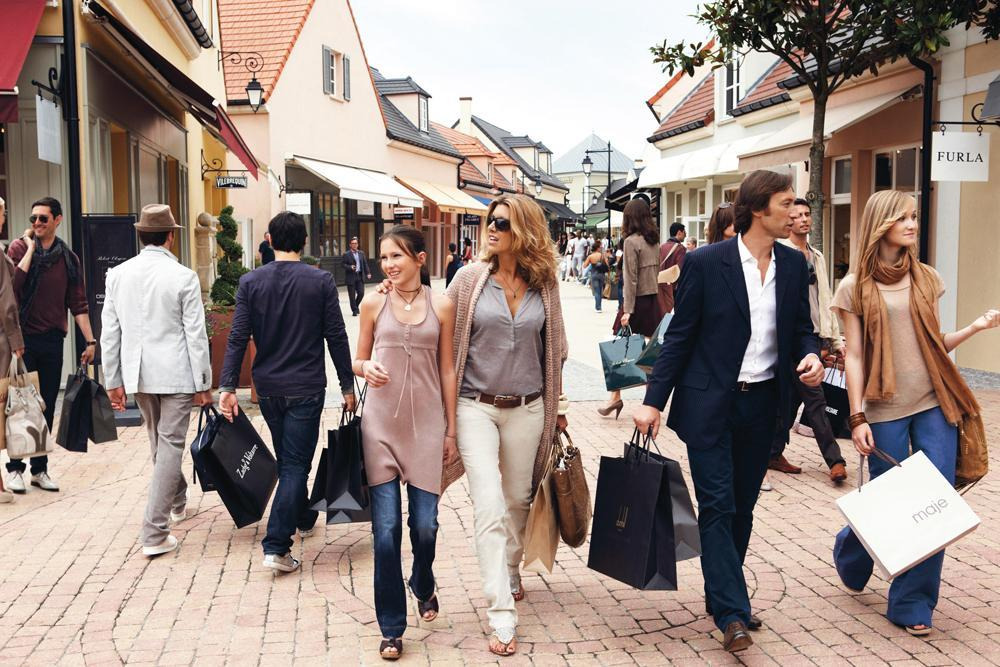 Luxury Shopping in Marne-La-Vallée