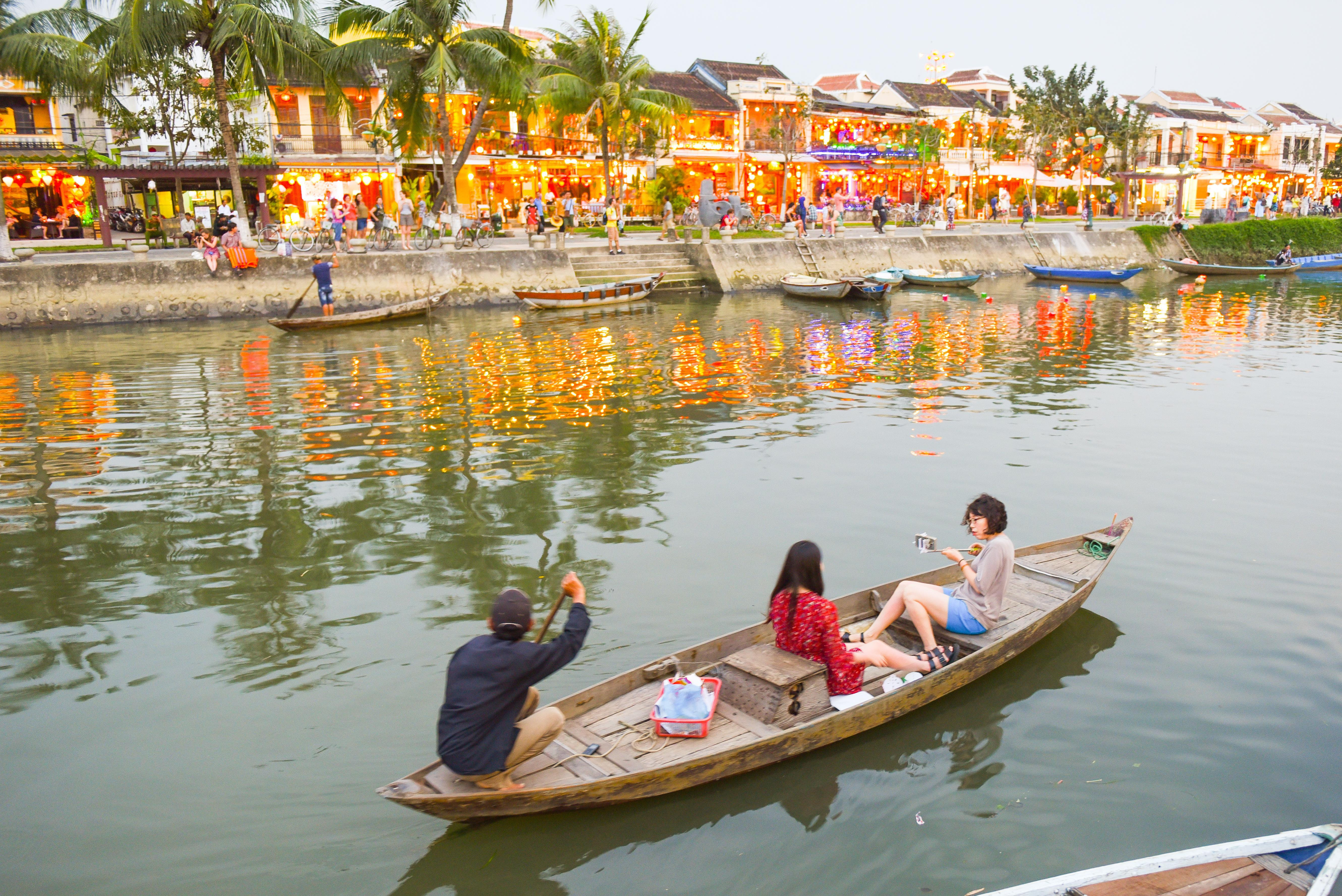 How to Spend 2 Days in Hoi An