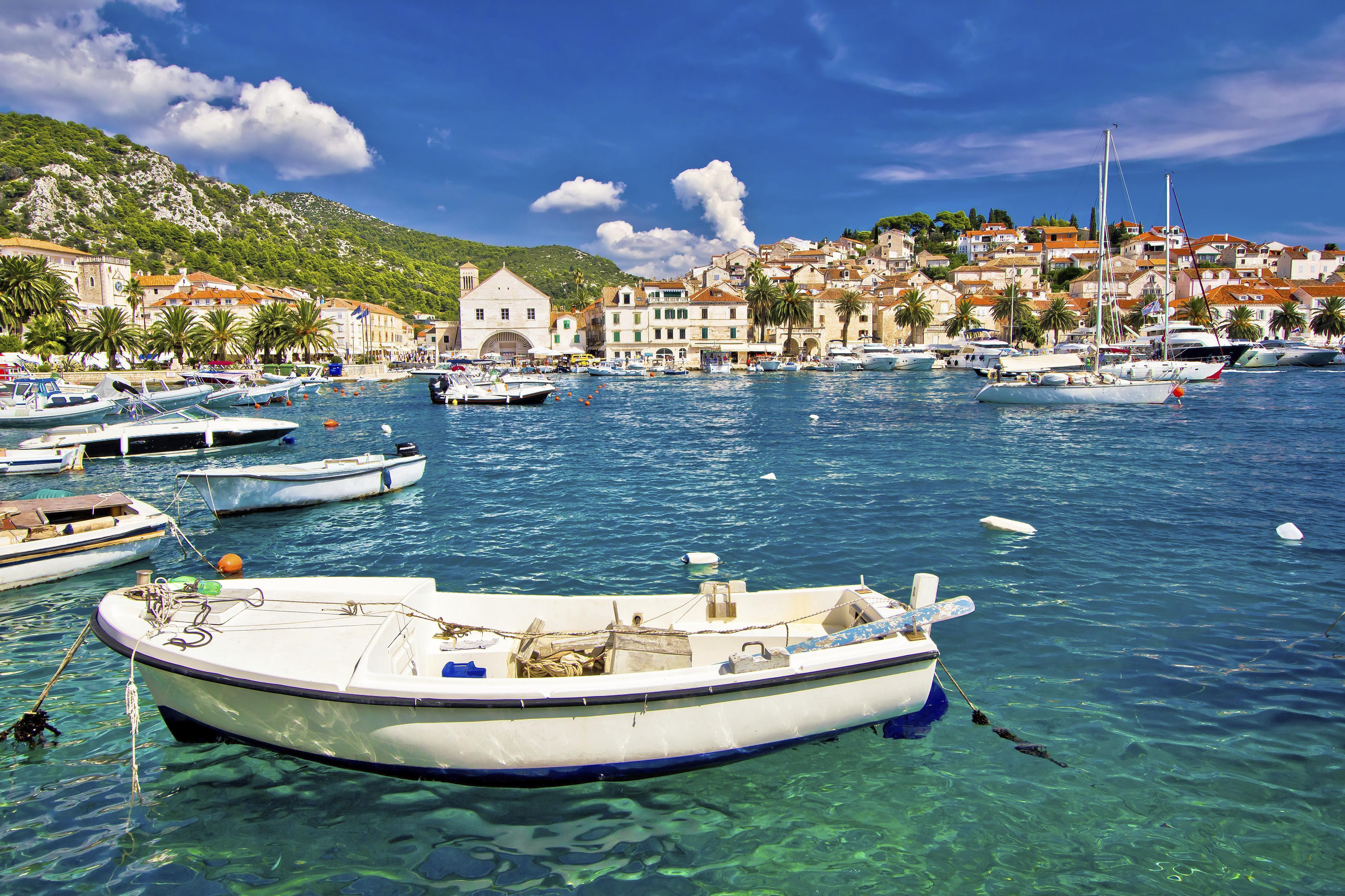 How to Spend 1 Day in Hvar