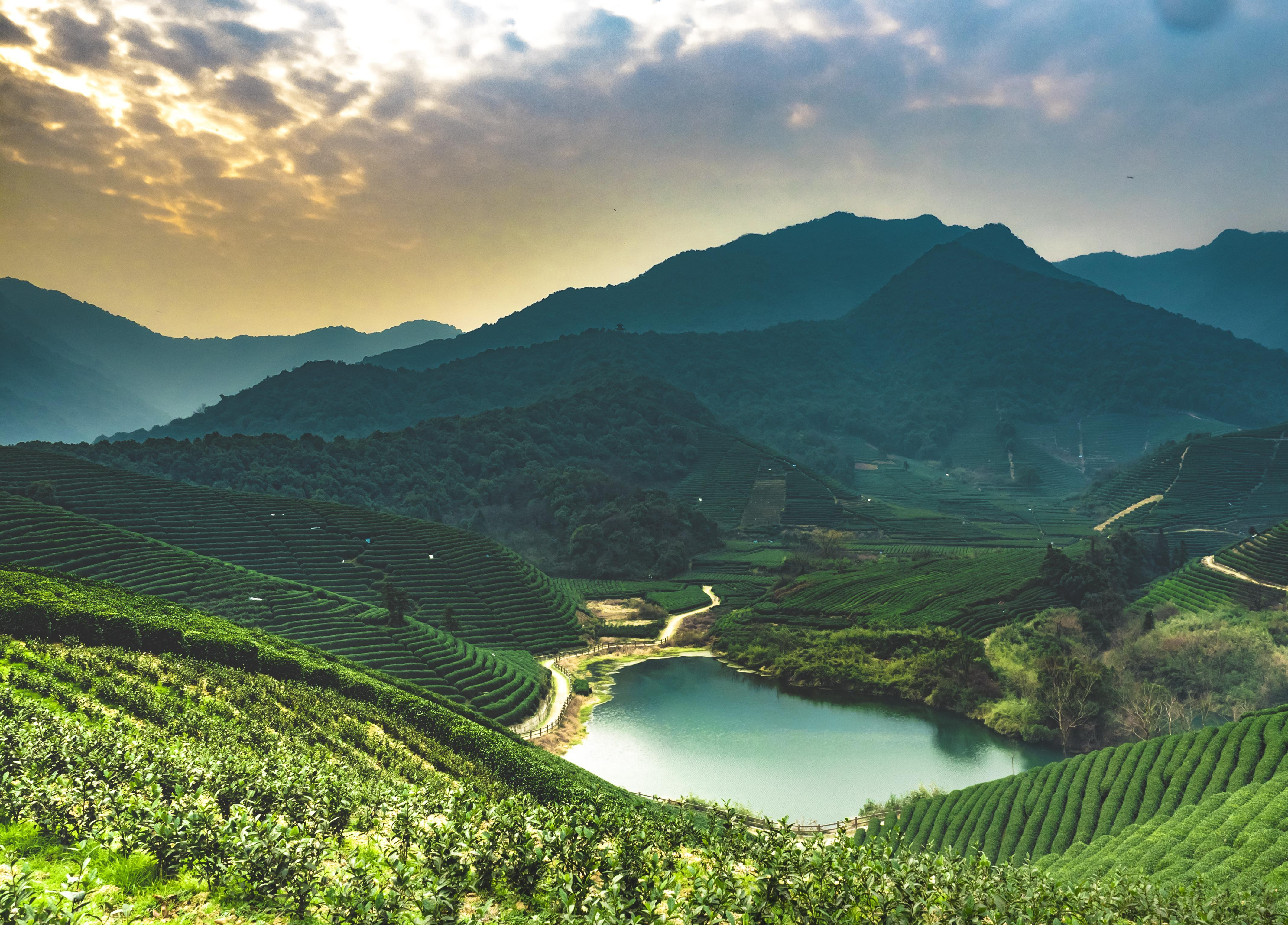 How to Spend 2 Days in Hangzhou