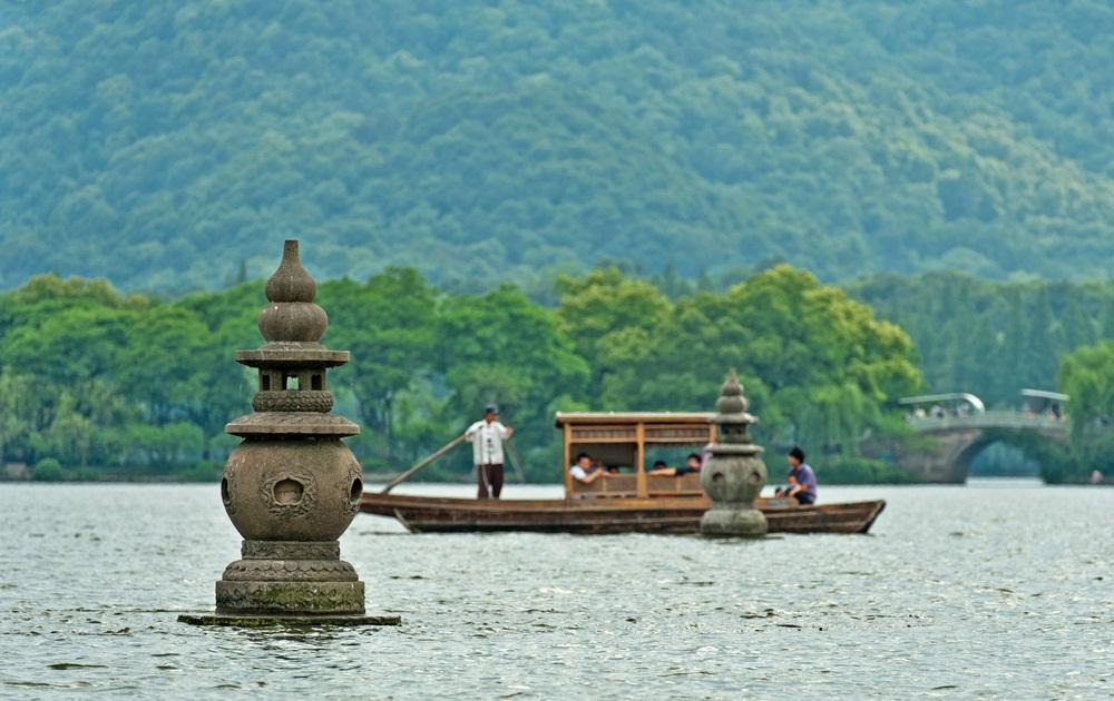 How to Spend 1 Day in Hangzhou
