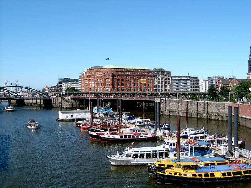 How to Spend 1 Day in Hamburg