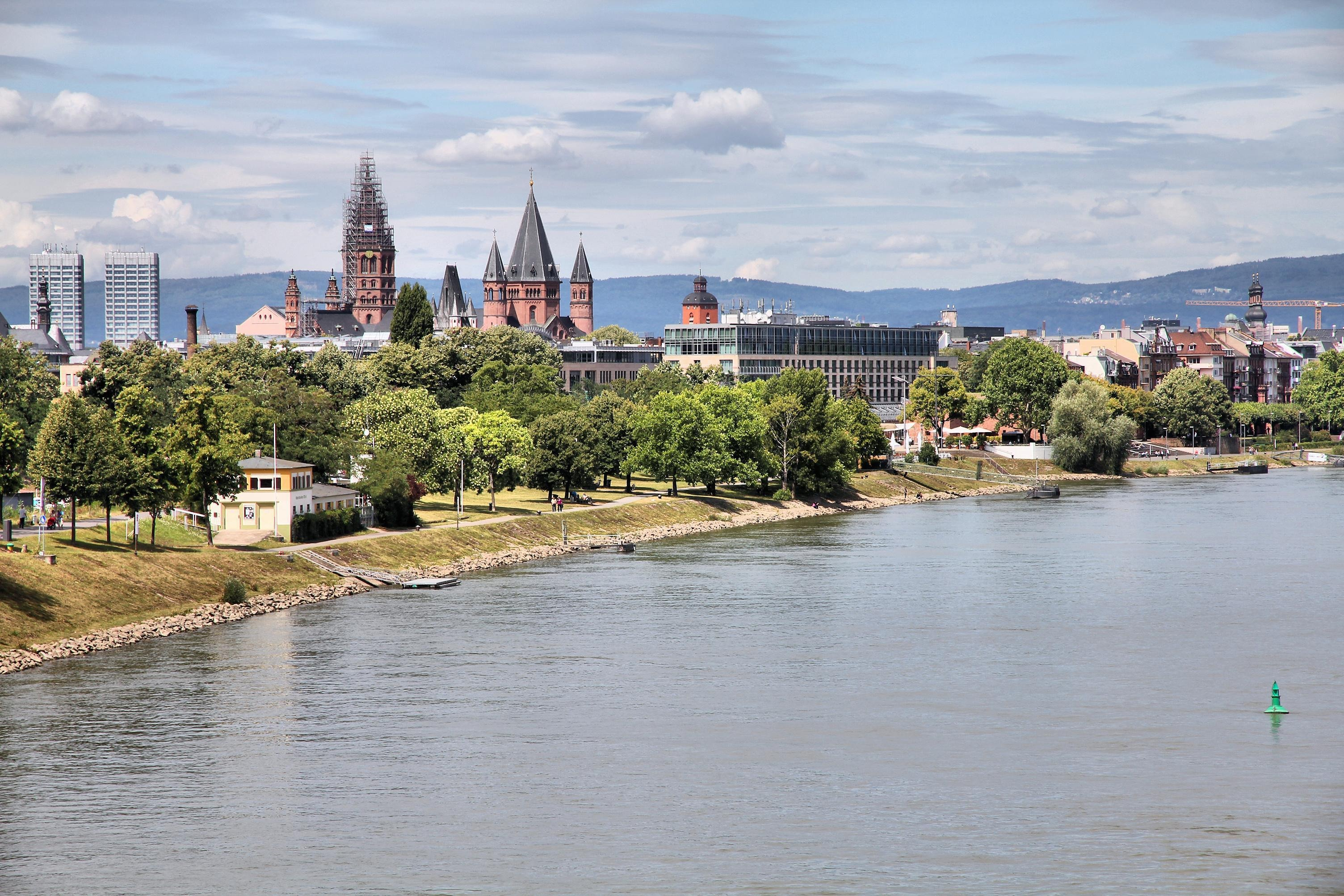 How to Spend 2 Days at the Rhine River