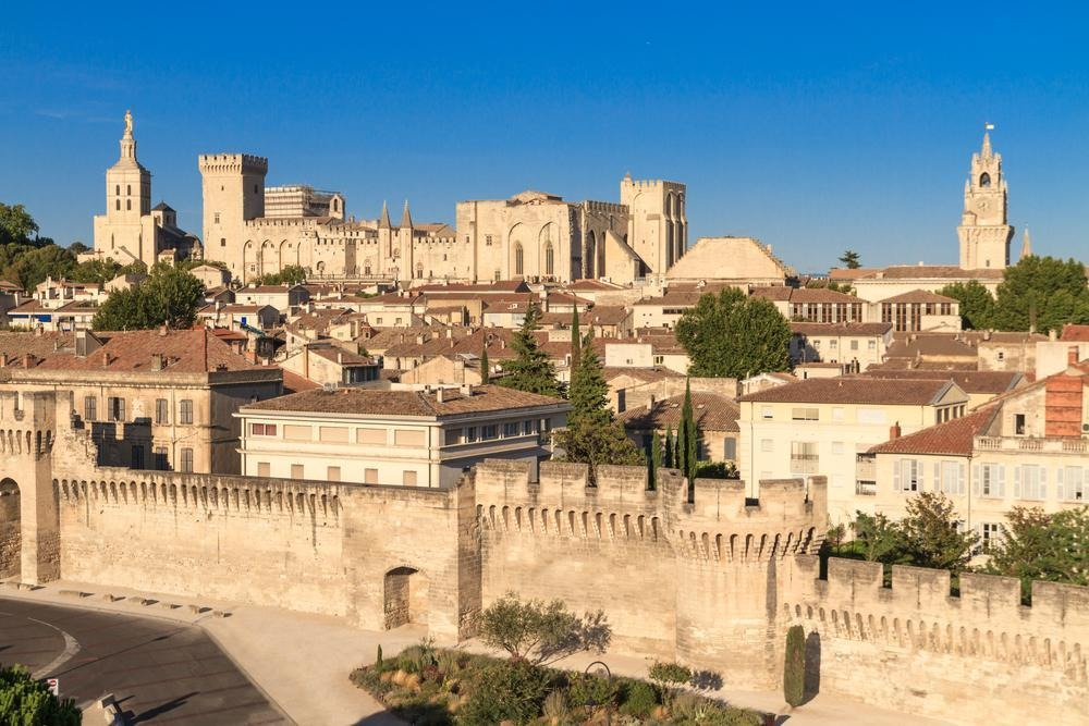 How to Spend 2 Days in Avignon