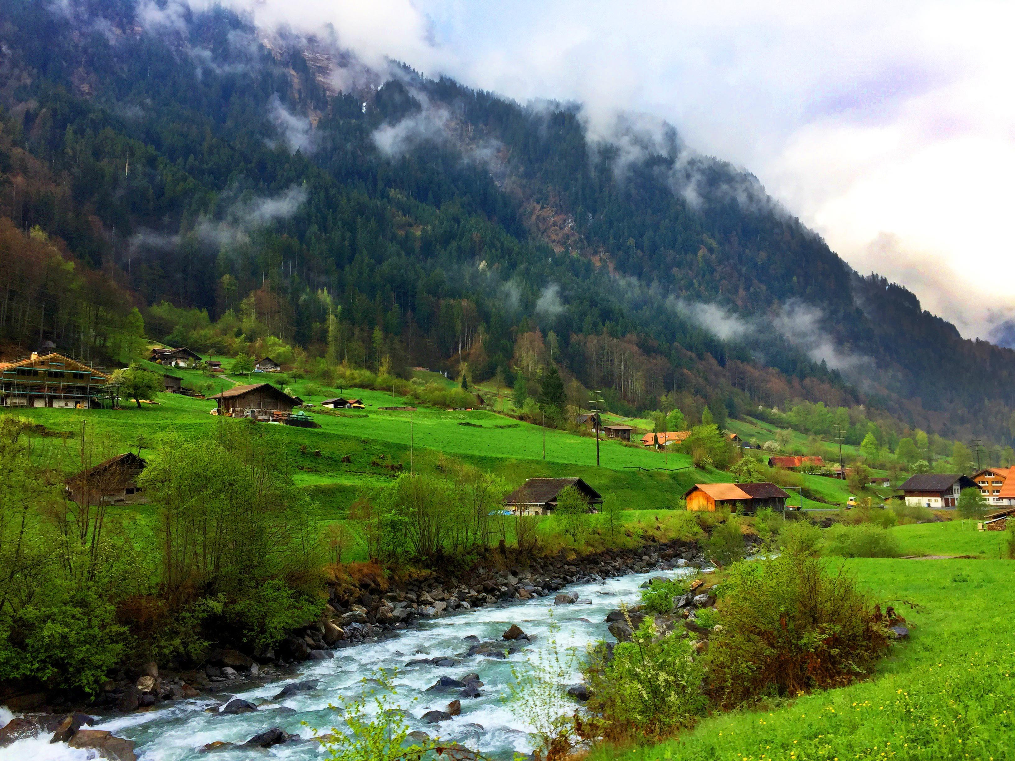 How to Spend 1 Week in the Swiss Alps
