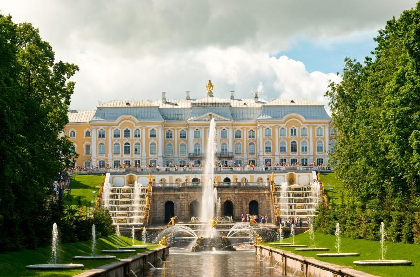 Top Day Trips from St. Petersburg