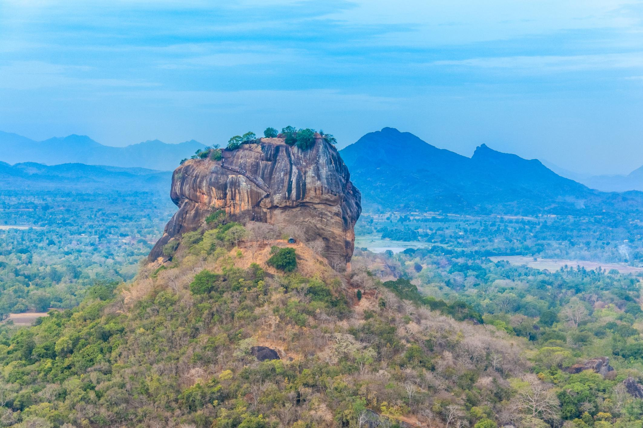 How to Spend 1 Day in Sigiriya