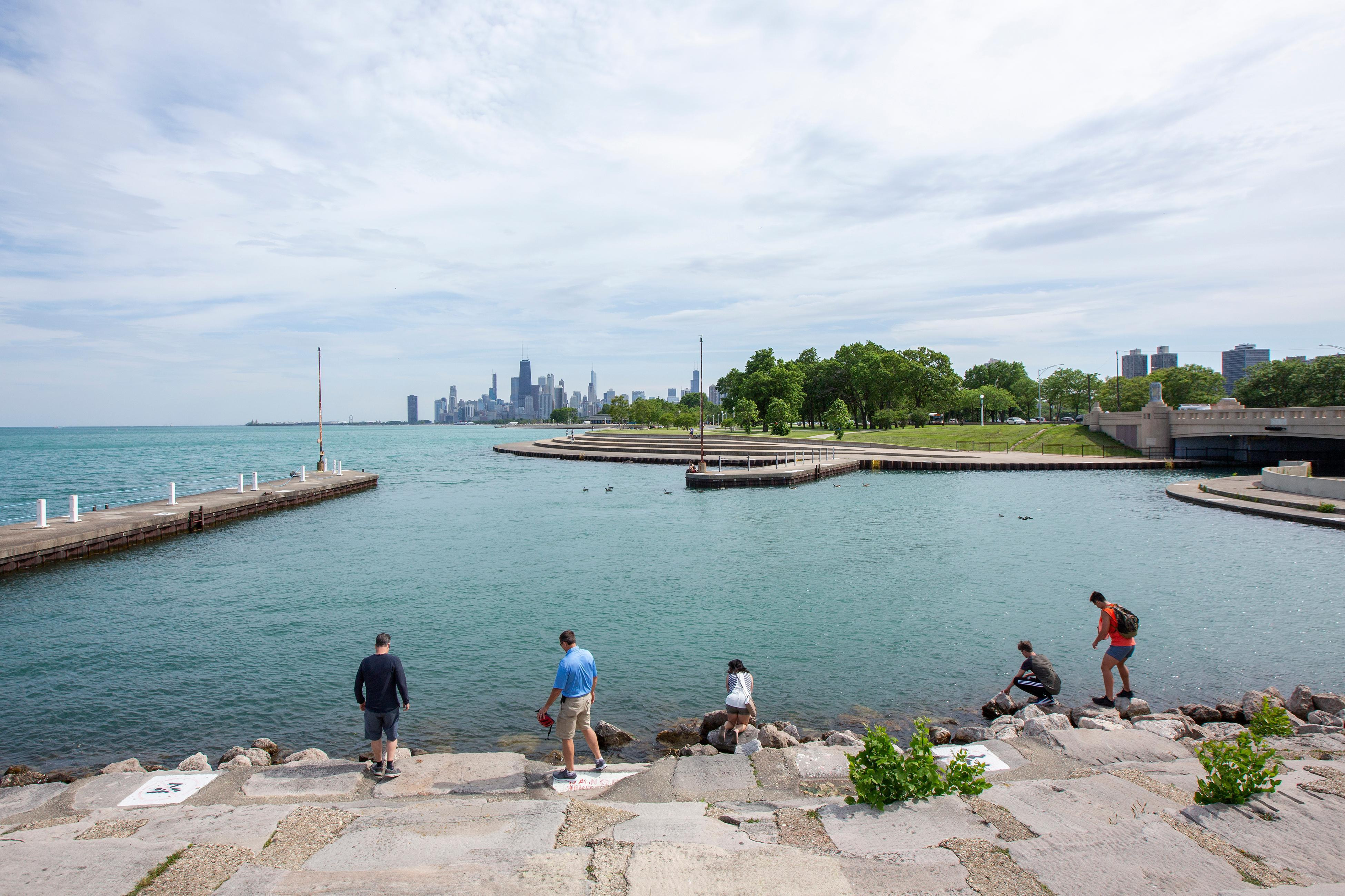 How to Get Off the Beaten Path in Chicago