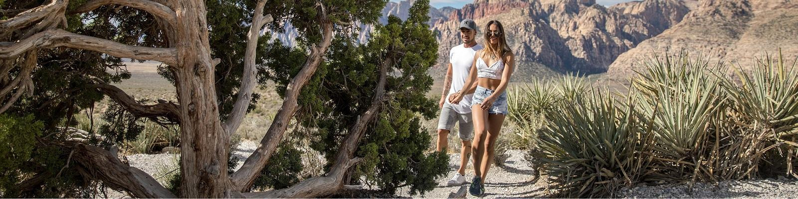 Couple from Las Vegas hiking in Red Rock Canyon