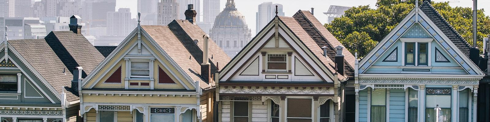 The famous Painted Ladies in Alamo Square, San Francisco