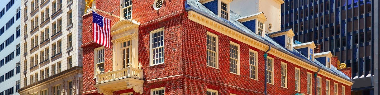 6 Must-See Boston Neighborhoods & How to Visit