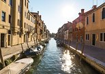 Private Cruise: Venice Viewed by the Water with Four-Course Dinner