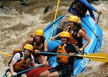 Rafting level III with canyoning (rappel in waterfalls) and tarzan swing near La Fortuna