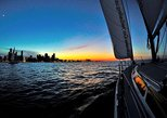 Private Sunset Sail on Lake Michigan in Chicago
