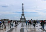 1,5-hour Skip-the-Line Small-Group Eiffel Tower Tour with Summit Access