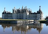 Loire Valley Chateaux Day Tour: Blois, Cheverny, Chambord, Wines tasting lunch