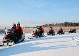 2-Day Snowmobile Safari in Helsinki Archipelago With Overnight Stay in Traditional Cottage