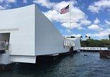 USA - Hawaii: USS Arizona Small Group Transfer with Panoramic Honolulu Tour