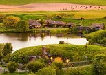 2 Day Waitomo Caves, Hobbiton Movie Set and Rotorua Tour from Auckland