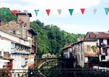 El Camino and the Pyrenees Private Day Tour from St-Jean-Pied-de-Port To Roncesvalles