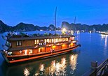 2-Day Halong Bay Luxury Boat Cruise with Kayaking