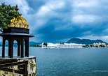 Evening Excursion: Bagore Ki Haveli & Lake fatehsagar with Dinner