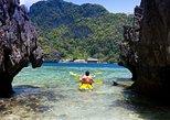 Pali Sea Cliff Kayak Discovery Small-Group Tour from Papaluau Beach Park