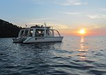Catamaran Cruise from Manuel Antonio with Snorkeling or Sunset