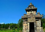 Private Tour: Ancient Hilltop Temple Day Trip from Semarang