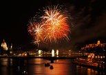 Budapest Firework Cruise Including Open Bar and Optional Dinner