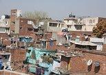Small-Group Delhi Slum Tour: Sanjay Colony