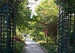 Bastille District: Food Tasting, Promenade Plantée and Viaduc des Arts Walking Tour