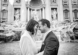 Tailored Fun and Private Photo Shoot in Rome