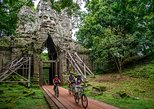 Guided Angkor Temple Bike Tour from Siem Reap Inclusive of Lunch
