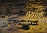 Private Day Tour of Terracotta Warriors,Cave House and Han Yangling Mausoleum