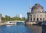 3-stündige Besichtigungs-Bootsfahrt in Berlin mit Mittagessen und Getränk