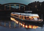 Berlin Sightseeing Dinner Cruise Including a 3-Course Meal and 1 Drink