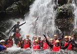 Osakana shower climbing (Canyoning)
