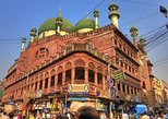 Walking Tour in Old Kolkata with Busy Markets and Heritage Residences