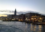 Private Tour: Venice Walk, Gondola, and Private Boat Tour ending on Murano Island with Venetian Lunch and Glass Factory Visit