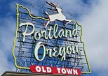 things to do in portland at night | get lost in powell's city of books