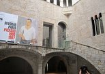 Barcelona Art and Tapas Small Group Walking Tour with Picasso Museum