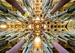Barcelona and Sagrada Familia Small Group Half Day Tour with Hotel Pick-up