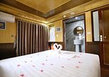 1 Night - Romantic Room - Ha Long Bay - Bai Tu Long 2 days Cruise