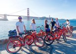 day tours in san francisco | bike around san francisco's most buzzing neighborhoods