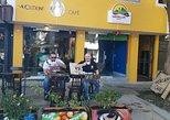 Coffee lovers brewing workshop in AVOEDEN cafe